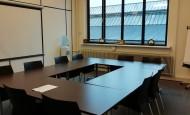 Norma zaal ca. 30 m2 / opstellingen: carré max 14p, u-vorm: max. 14p